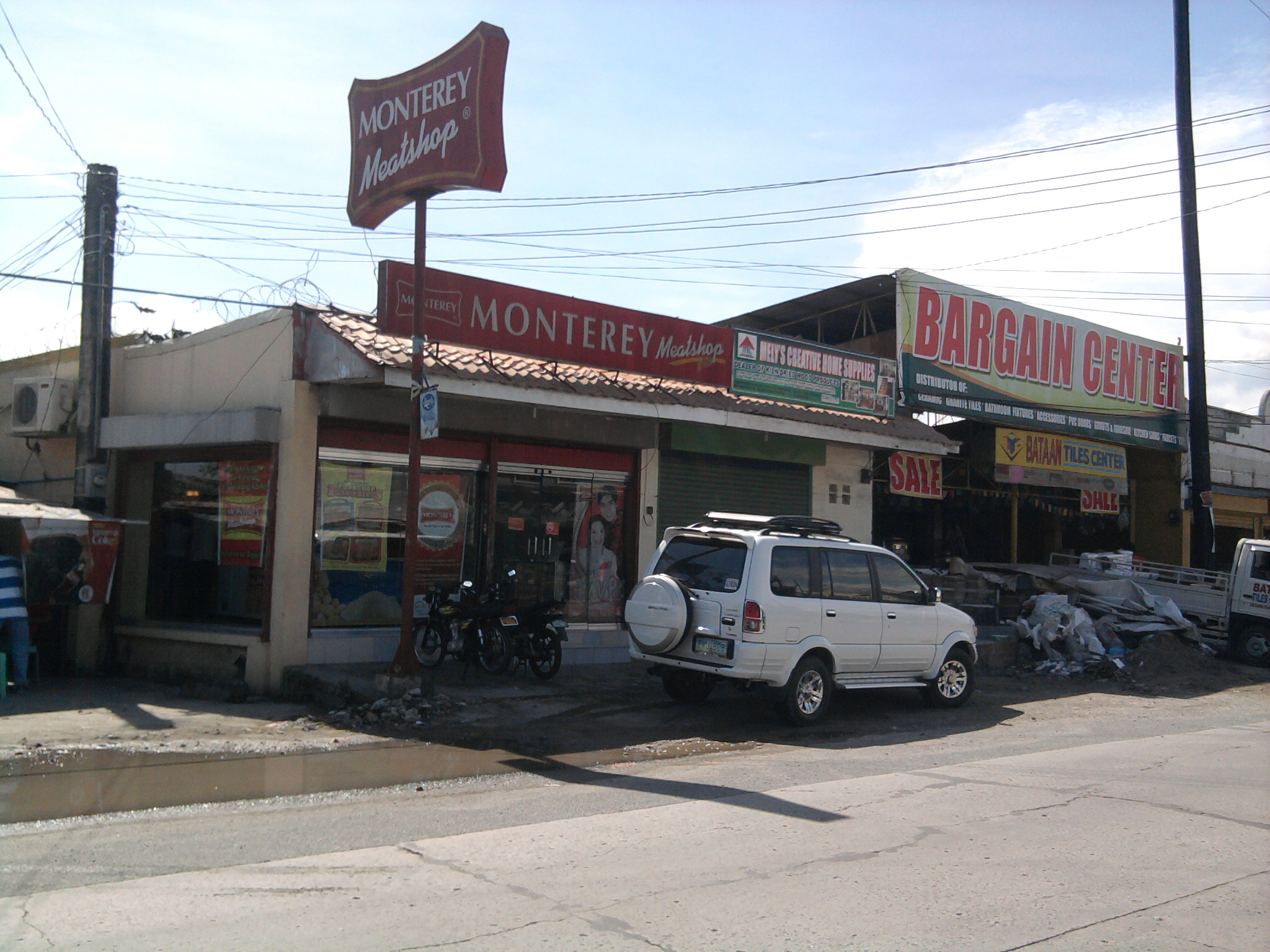 monterey meat shop Monterey is one of the most popular meatshop in the country it is now a part of everyday filipino's life from everyday meal to party meal.