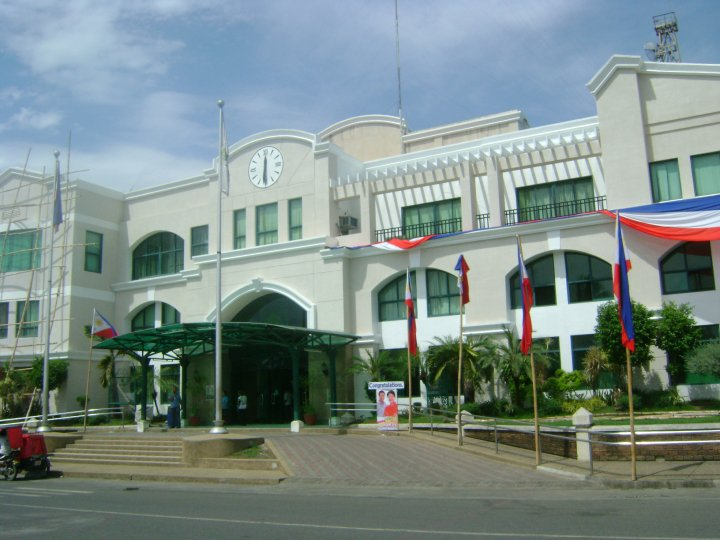 Cauayan Philippines  City new picture : Cauayan City Hall, Isabela Universal Stewardship