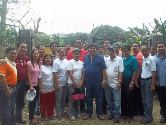 MAYOR NERY WITH BARANGAY OFFICIALS OF TALAVERA, NUEVA ECIJA, DURING THE TREE PLANTING IN JUNE 28, 2011.jpg