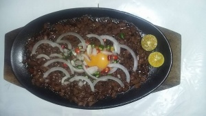 Sisig hot at fhm garden.jpg
