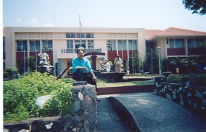 Silay city hall 01.jpg