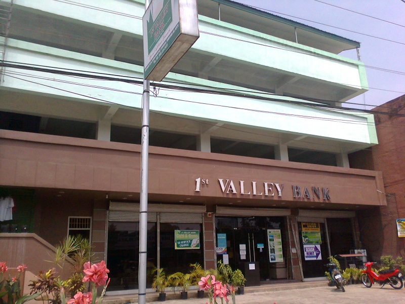- 800px-1st_valley_bank_sindangan_zamboanga_del_norte