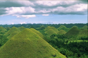 Bohol chocolate hills.jpg
