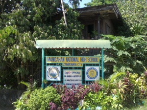 Manicahan National High School Sign.jpg