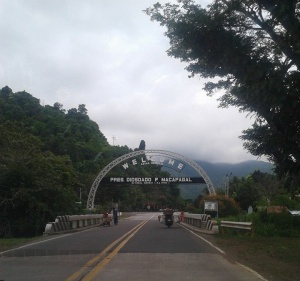 Welcome arch to Mati, Davao Oriental.jpg