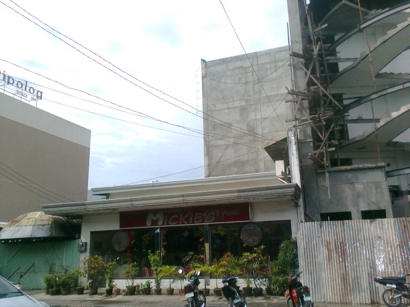 File:Mickie's central dipolog city zamboanga del norte.jpg