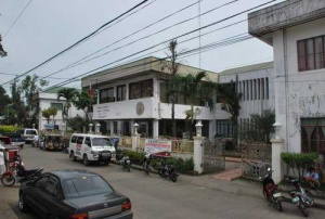 Municipality hall of Tuy Batangas.jpg