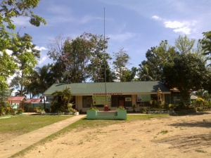 Manicahan National High School Admin Building.jpg