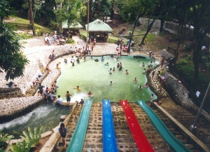 Pasonanca-pool.jpg