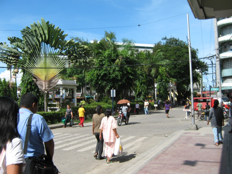 File:Plaza Pershing Zamboanga City.jpg