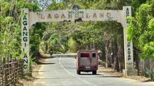 Welcome Arch, Lagangilang, Abra.png