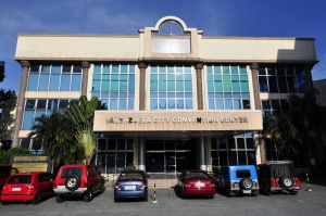 Convention Center Valenzuela City.jpg