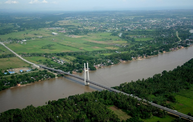 File:Macapagal Bridge Butuan City 01.jpg