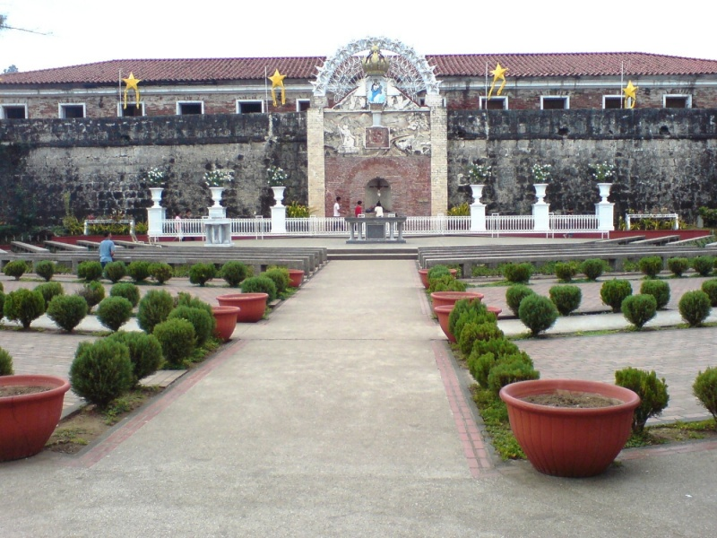 File:Zamboanga city fort pilar a17617966.jpg
